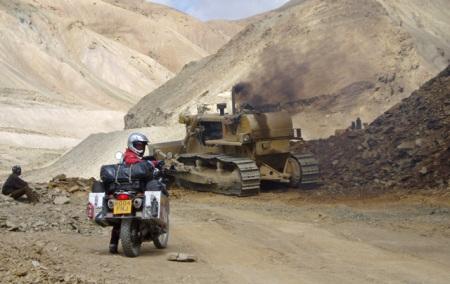 p8300272-bulldozer1