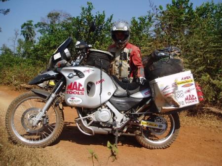 P1310080 Cambodia Crash